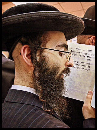 http://unseenmoon.files.wordpress.com/2013/02/hasidic.jpg